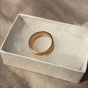 Jewelry - Rose gold fashion ring
